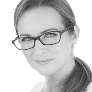 Dr Jennifer Parer, MBBS, FRACGP, dipRACOG – Medical Director